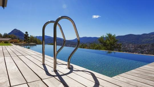 Aplica es em piscinas particulares prominent for Piscinas particulares